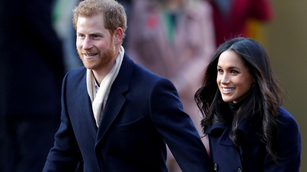 Britain's Prince Harry and his fiancee Meghan Markle arrive at an event in Nottingham, December 1, 2017. REUTERS/Eddie Keogh     TPX IMAGES OF THE DAY - RC12F1BA11B0