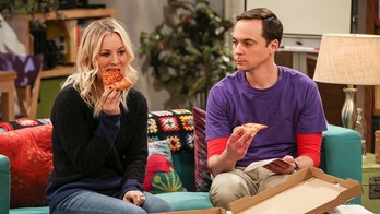 """The Solo Oscillation"" -- Pictured: Penny (Kaley Cuoco) and Sheldon Cooper (Jim Parsons). When Sheldon kicks Amy out to work solo, she and Leonard bond during a series of science experiments. Also, Bert the geologist replaces Wolowitz in the band Footprints on the Moon, and Sheldon finds Penny a surprising source of scientific inspiration, on THE BIG BANG THEORY, Thursday, Jan. 11 (8:00-8:31 PM, ET/PT) on the CBS Television Network. Laurie Metcalf returns as Sheldon\'s mother, Mary. Photo: Michael Yarish/Warner Bros. Entertainment Inc. © 2017 WBEI. All rights reserved."