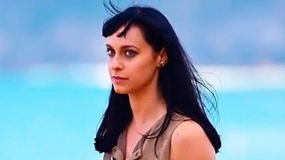 Actress Jessica Falkholt's life support has been turned off following a car crash that killed three members of her family