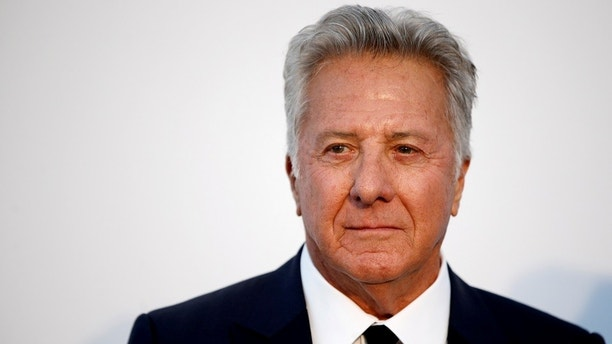 FILE PHOTO: Actor Dustin Hoffman poses at the 70th Cannes Film Festival's amfAR Cinema Against AIDS 2017 event in Antibes, France, May 25, 2017.    REUTERS/Stephane Mahe/File Photo - RC1A29275450