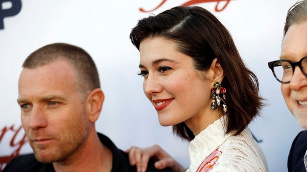 Actors Ewan McGregor and Mary Elizabeth Winstead arrive at the Fargo Season Three For Your Consideration event at the Television Academy's Saban Media Center in North Hollywood, Los Angeles, California, U.S., May 11, 2017. REUTERS/Patrick T. Fallon - RC1D6E0BE790