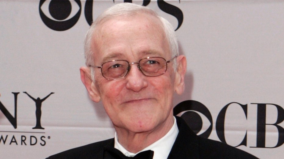"John Mahoney, of ""Frasier"" fame, reportedly died Sunday in Chicago."