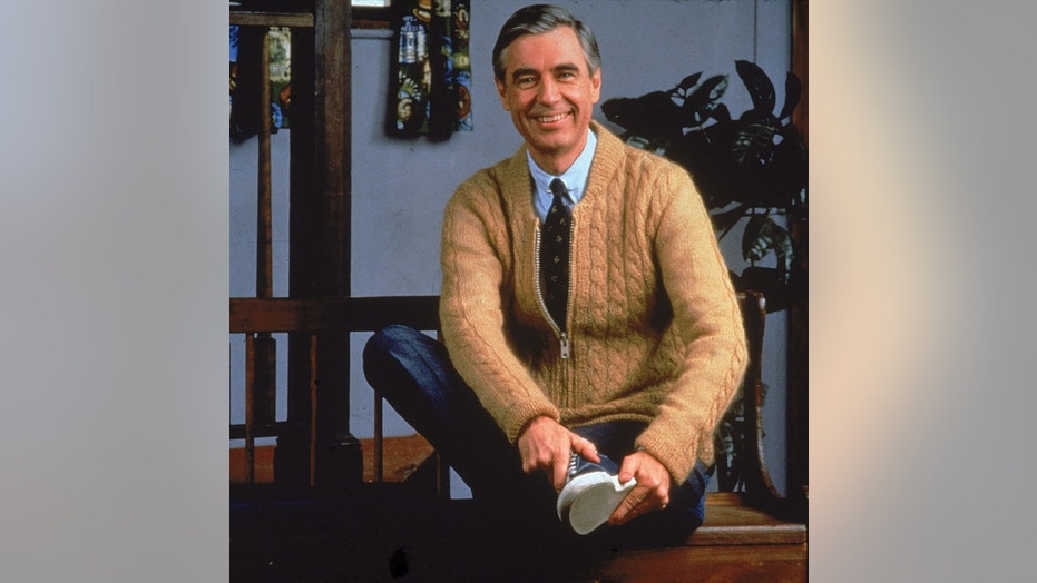 Portrait of children's television personality Fred Rogers (1928 - 2003) and host of television show 'Mister Rogers' Neighborhood,' circa 1980s.  (Photo by Fotos International/Getty Images)