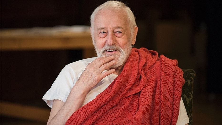 "John Mahoney's final role was in the play ""The Rembrandt."""