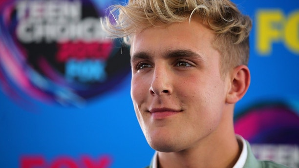 Logan Paul arrives at the 2017 Teen Choice Awards in Los Angeles, California.