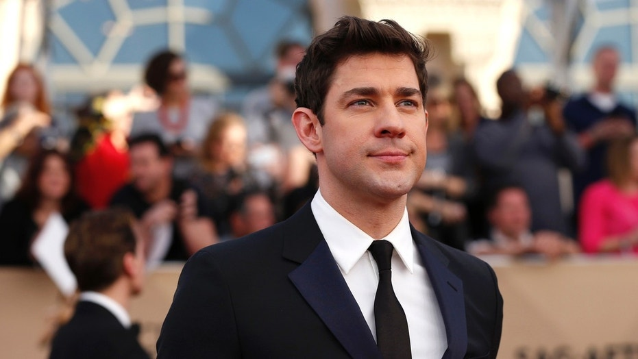 Actor John Krasinski arrives at the 23rd Screen Actors Guild Awards in Los Angeles, California, U.S., January 29, 2017.
