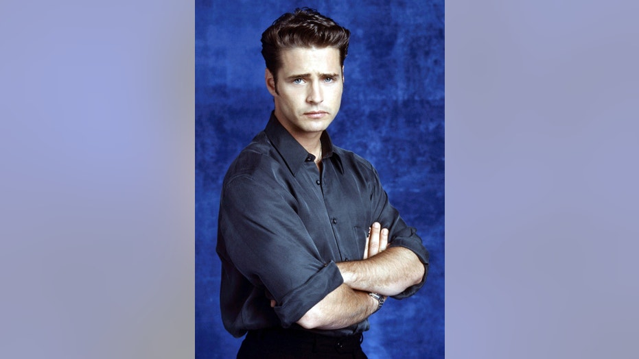 "Jason Priestley originally starred as Brandon Walsh in ""Beverly Hills, 90210"" from 1990 until 2000."