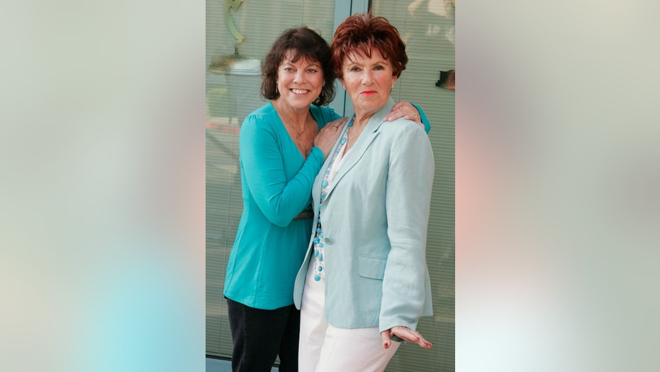 "Erin Moran (L) and Marion Ross from ""Happy Days"" arrive for ""A Father's Day Salute to TV Dads"" hosted by the Academy of Television Arts & Sciences in Los Angeles, June 18, 2009."