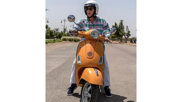 "BETTER LATE THAN NEVER -- ""To the Sahara and Back"" Episode 208 -- Pictured: Henry Winkler -- (Photo by: Rico Torres/NBC)"