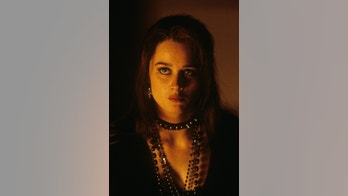 Robin Tunney in a scene from the film 'The Craft', 1996. (Photo by Columbia Pictures/Getty Images)