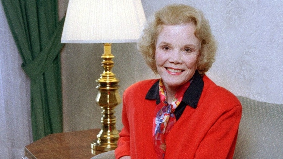 Actress Nanette Fabray, Perennial TV Mom, Dies At Age 97