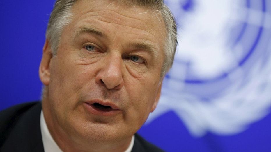 ABC Orders Alec Baldwin Talk Show, Sneak-Peek To Air Post-Oscars