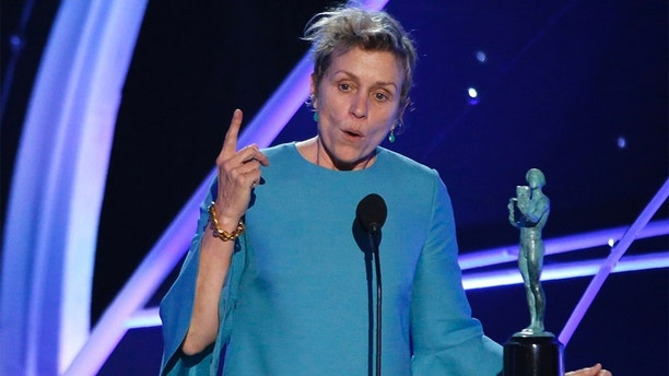 """24th Screen Actors Guild Awards – Show – Los Angeles, California, U.S., 21/01/2018 – Frances McDormand accepts the award for Outstanding Performance by a Female Actor in a Leading Role for """"Three Billboards Outside Ebbing, Missouri."""" REUTERS/Mario Anzuoni - HP1EE1M08IQ3M"""