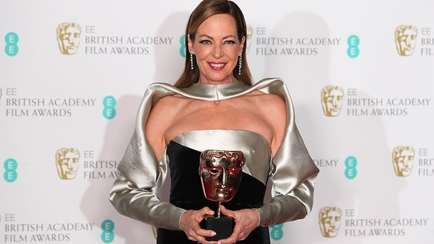 Allison Janney holds her award for Supporting Actress for I, Tonya at the British Academy of Film and Television Awards (BAFTA) at the Royal Albert Hall in London, Britain, February 18, 2018. REUTERS/Hannah McKay - RC13B71D05C0