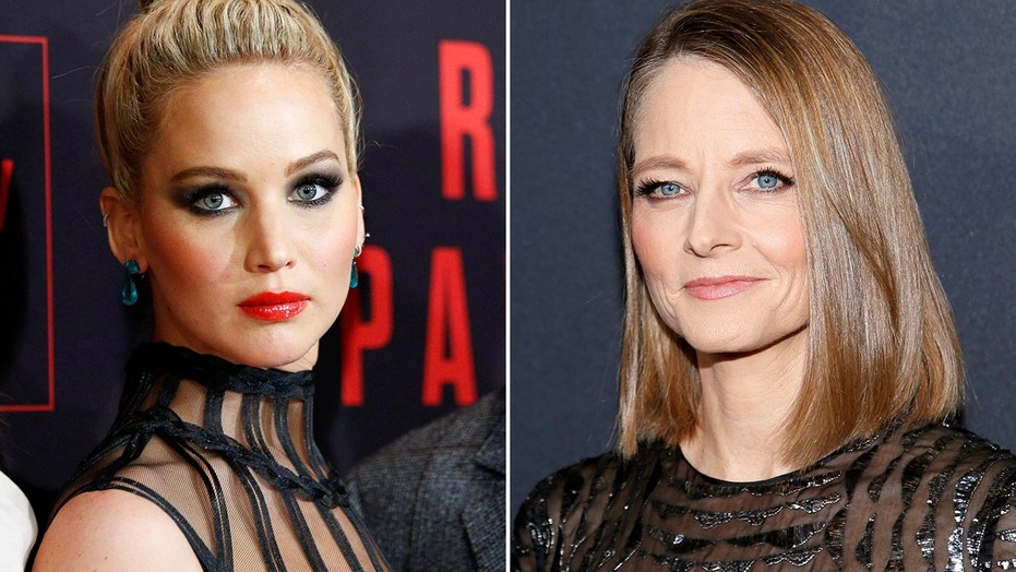 Actresses Jennifer Lawrence (left) and Jodie Foster (right) were said to be chosen to present the Best Actress award at this year's Oscars, Variety reported.