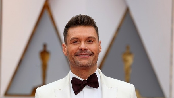 89th Academy Awards - Oscars Red Carpet Arrivals - Hollywood, California, U.S. - 26/02/17 - Television host Ryan Seacrest arrives. REUTERS/Mike Blake - HP1ED2Q1RQTFB
