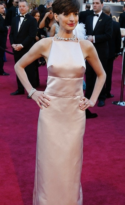 Anne Hathaway explains controversial Oscars 2013 dress ...