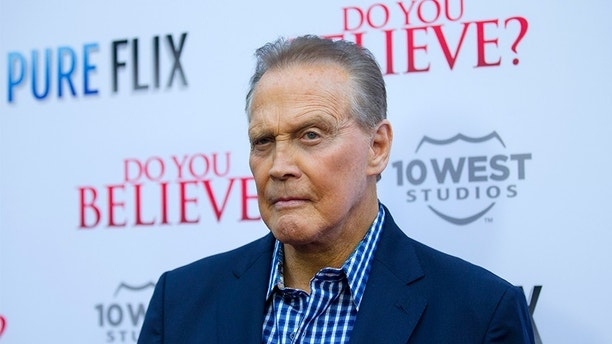 "Cast member Lee Majors poses at the premiere of ""Do You Believe?"" at the ArcLight in Los Angeles, California March 16, 2015. The movie opens in the U.S. on March 20. REUTERS/Mario Anzuoni  (UNITED STATES - Tags: ENTERTAINMENT) - GM1EB3H0Z9202"