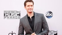 Actor Matthew Morrison arrives at the 42nd American Music Awards in Los Angeles, California November 23, 2014.   REUTERS/Danny Moloshok (UNITED STATES  - Tags: ENTERTAINMENT)    (MUSIC-AMERICANMUSICAWARDS-ARRIVALS) - TB3EABO00WC0Z