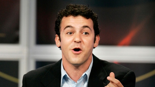 "Actor Fred Savage, star of the new ABC television comedy series ""Crumbs"", answers questions from television critics during the ABC Summer press tour hosted by the Television Critics Association in Beverly Hills July 26, 2005. Savage stars as a gay screenwriter who reunites with his estranged brother to deal with their mother, played by Jane Curtin, who is being discharged from a psychiatric facility. REUTERS/Fred Prouser  FSP/YH - RP6DRMRSYAAA"