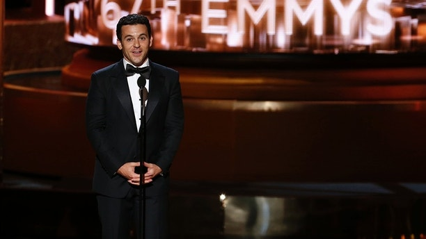 Fred Savage introduces the farewell segment at the 67th Primetime Emmy Awards in Los Angeles, California September 20, 2015.  REUTERS/Lucy Nicholson - TB3EB9L04SQQX