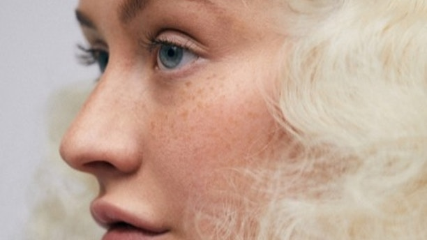 Christina Aguilera Shows Off Her Freckles for 'Paper' Transformation Cover!
