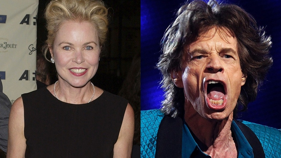 Singer Michelle Phillips slammed rumors that she was interested in a threesome with Mick Jagger.