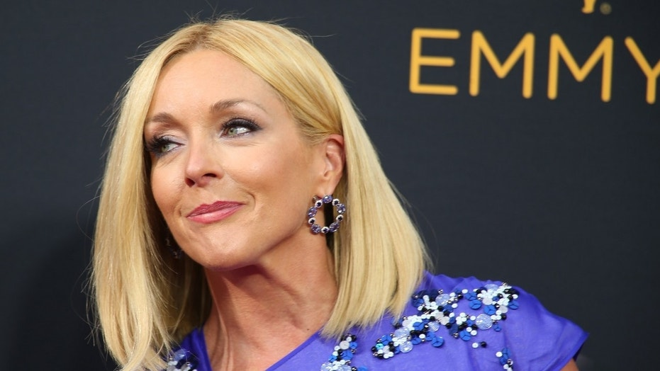 "Actress Jane Krakowski said a ""30 Rock"" reboot is possible and there has been talk about bringing the cast back for a few more episodes."