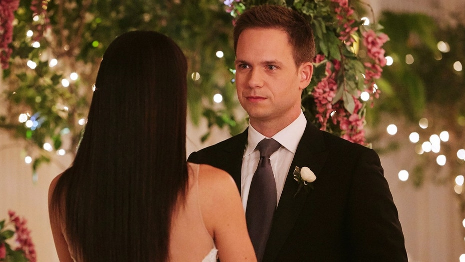 """SUITS -- """"Good-Bye"""" Episode 716 -- Pictured: Patrick J. Adams as Mike Ross -- (Photo by: Ian Watson/USA Network)"""