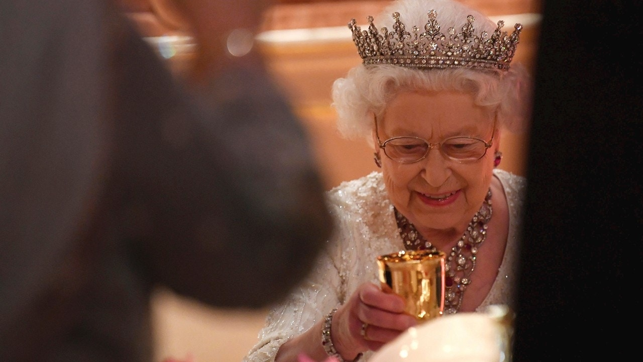 Queen Elizabeth Ii Celebrates 92nd Birthday Fox News
