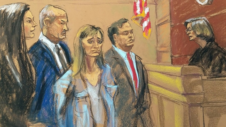 http://a57.foxnews.com/images.foxnews.com/content/fox-news/entertainment/2018/04/21/smallville-actress-allison-mack-pleads-not-guilty-sex-trafficking-following-arrest-for-alleged-involvement-in-sex-cult/_jcr_content/par/featured_image/media-0.img.jpg/931/524/1524318842900.jpg?ve=1&tl=1&text=big-top-image