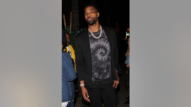 Tristan Thompson is seen partying at the Delilah club without Khlo�ardashian in West Hollywood