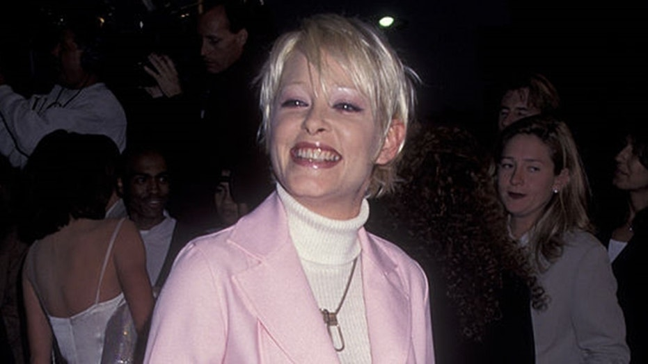 """""""Twin Peaks"""" actress Pamela Gidley died earlier this month. She was 52."""