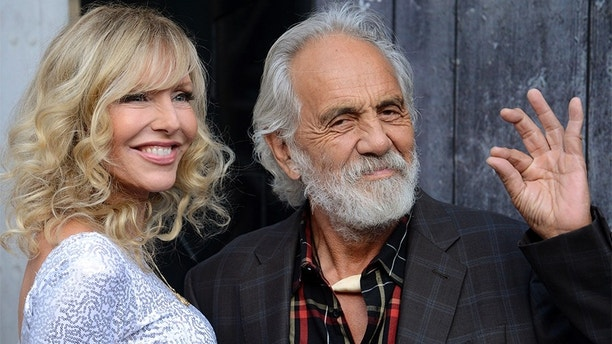"""Comedian Tommy Chong (R) and his wife Shelby Chong attend Spike TV's """"Guys Choice"""" awards in Los Angeles June 7, 2014. REUTERS/Phil McCarten (UNITED STATES - Tags: ENTERTAINMENT PROFILE) - GM1EA680XZ701"""