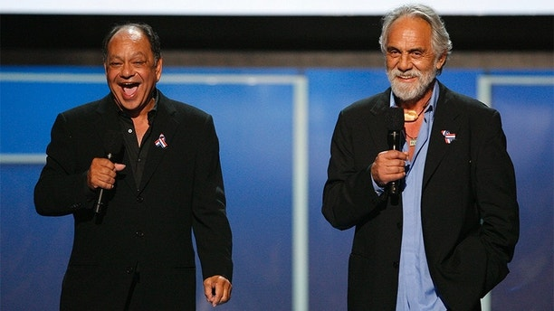 """Actors Cheech Marin (L) and Tommy Chong smile on stage during the taping of the 2008 """"NCLR Alma"""" awards at the Civic Auditorium in Pasadena, California, August 17, 2008. The National Council of La Raza (NCLR) gives out the ALMA awards to honor outstanding Latino artistic achievement in television, film and music. The show airs September 12 on ABC.  REUTERS/Mario Anzuoni   (UNITED STATES) - GM1E48I1B4A01"""