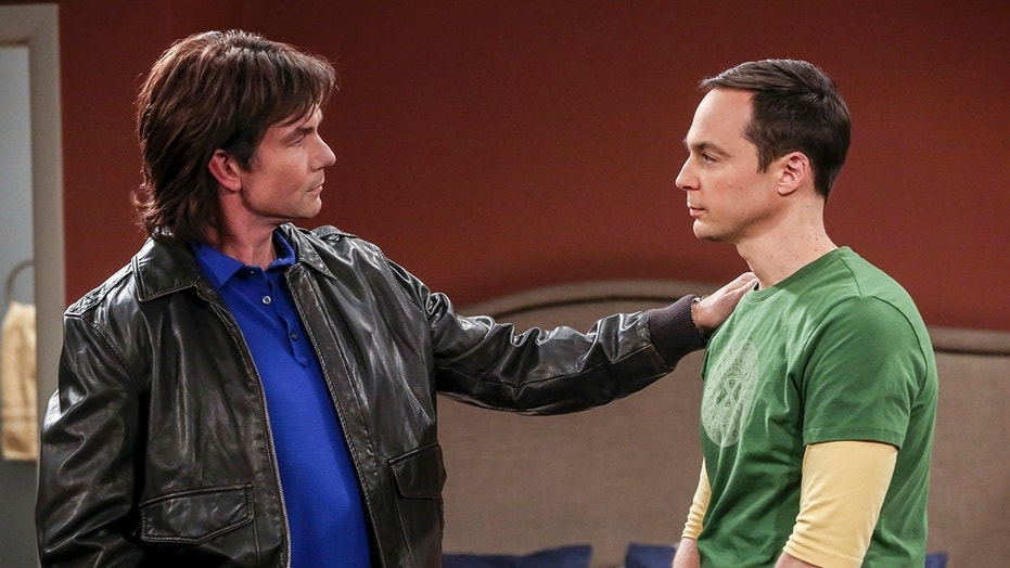 """The Sibling Realignment"" - Pictured: Georgie (Jerry O\'Connell) and Sheldon Cooper (Jim Parsons)."