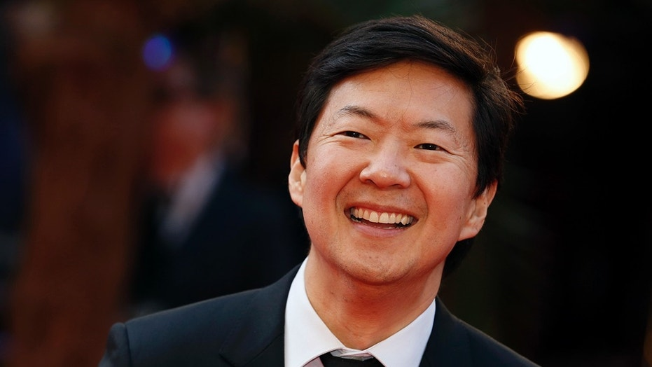 Ken Jeong gives medical attention to fan during stand-up show