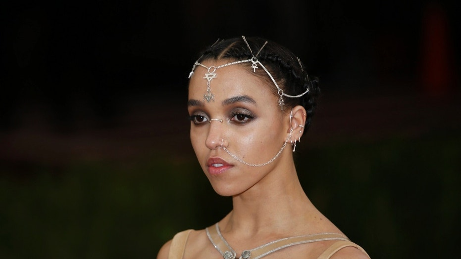 Singer FKA Twigs shared a video of her pole dancing on Instagram this week -- disclosing along the way that she's had surgery for multiple fibroid tumors.