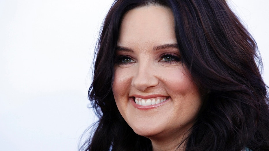 Songwriter Brandy Clark arrives at the 50th Annual Academy of Country Music Awards in Arlington, Texas April 19, 2015.