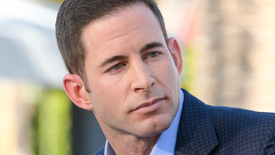 "Tarek El Moussa visits ""Extra"" at Universal Studios Hollywood on February 28, 2017 in Universal City, California."