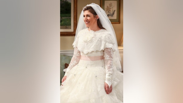"""The Bow Tie Asymmetry"" - Pictured: Amy Farrah Fowler (Mayim Bialik). When Amy\'s parents and Sheldon\'s family arrive for the wedding, everybody is focused on making sure all goes according to plan -- everyone except the bride and groom, on the 11th season finale of THE BIG BANG THEORY, Thursday, May 10 (8:00-8:31 PM, ET/PT) on the CBS Television Network. Photo: Michael Yarish/CBS ©2018 CBS Broadcasting, Inc. All Rights Reserved."