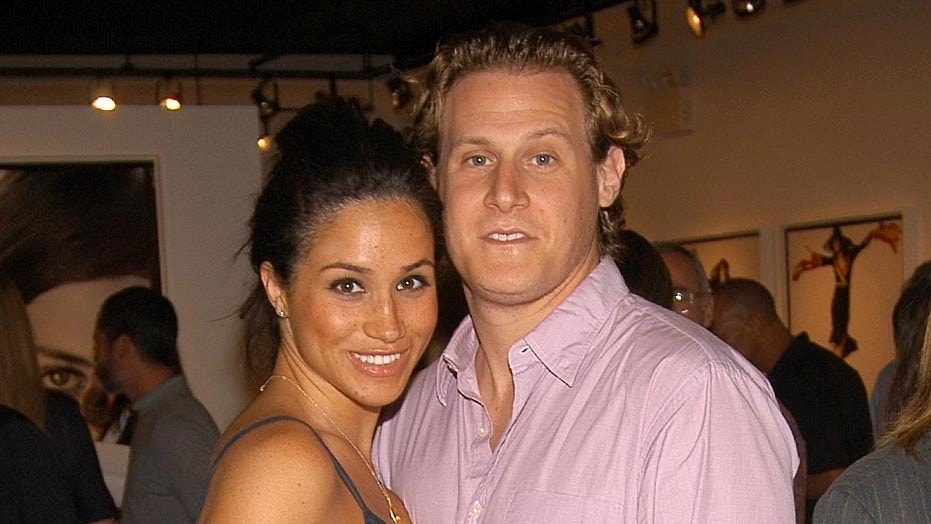 EAST HAMPTON, NY - AUGUST 26: Meghan Markle and Trevor Engelson attend COACH Legacy Photo Exhibit by REED KRAKOFF at Coach on August 26, 2006 in East Hampton, NY. (Photo by Billy Farrell/Patrick McMullan via Getty Images)