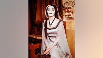 Yvonne De Carlo (1922-2007), Canadian actress, in costume and make-up in a publicity portrait issued for the television series, 'The Munsters', circa 1965. The sitcom starred De Carlo as 'Lily Munster'. (Photo by Silver Screen Collection/Getty Images)