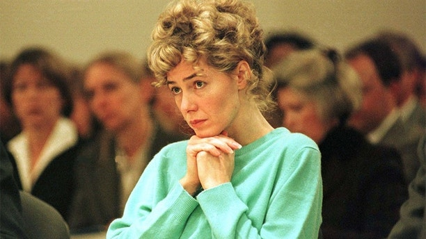 FILE PHOTO 14NOV97 - Mary Kay LeTourneau, the former teacher who pleaded guilty to raping a 13-year-old student and then having a child from the affair, sits in a courtroom at the Regional Justice Center in Kent, Washington, before being sentenced to six months in prison for the crime. Letourneau, who was imprisoned for a second time after being caught with the boy less than a month after her release, gave birth late October 16 to what is believed to be her second child by the boy. Letourneau, 36, gave birth to a healthy baby girl named Georgia at a hospital in Tacoma, according to a statement issued by her lawyer, Susan Howards, in Boston.HB/ME - RP1DRIGSFLAB