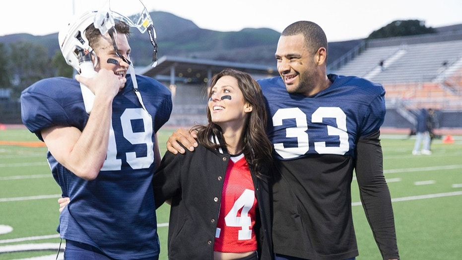 Clay Harbor, far right, spends time with Becca Kufrin, center.
