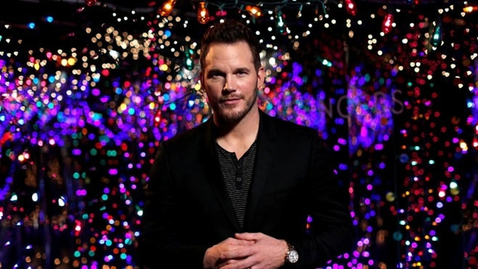 """Cast member Chris Pratt poses during a photo call for the movie """"Passengers"""" in Los Angeles, California, U.S., December 9, 2016.   REUTERS/Mario Anzuoni - RTX2UD39"""