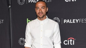 arriving to the PaleyFest 2017: Grey's Anatomy held at the Dolby Theater in Hollywood, CA.Pictured: Jesse Williams,Jesse WilliamsJessica CapshawJustin ChambersKelly McCrearyKevin McKiddMartin HendersonSarah DrewRef: SPL1464822 190317 NON-EXCLUSIVEPicture by: SplashNews.comSplash News and PicturesLos Angeles: 310-821-2666New York: 212-619-2666London: 0207 644 7656Milan: +39 02 4399 8577photodesk@splashnews.comWorld Rights