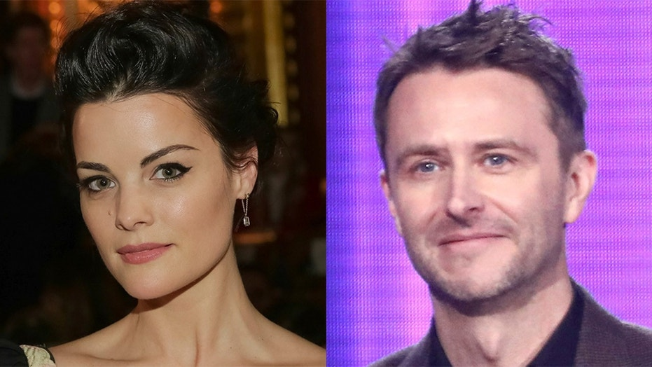 Jaimie Alexander is petitioning to bring Chris Hardwick back to TV.