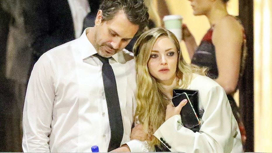 Amanda Seyfried and husband Thomas Sadoski were in 'bad relationships' when they met
