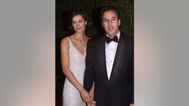 "Matt Lauer, co-host of the NBC television network morning program ""Today"" arrives with his wife, Dutch model Annette Roque, at the DreamWorks studio party following the 72nd annual Academy Awards March 26 at Spago in Beverly Hills. The DreamWorks film ""American Beauty"" won five Academy Awards including Best Picture.